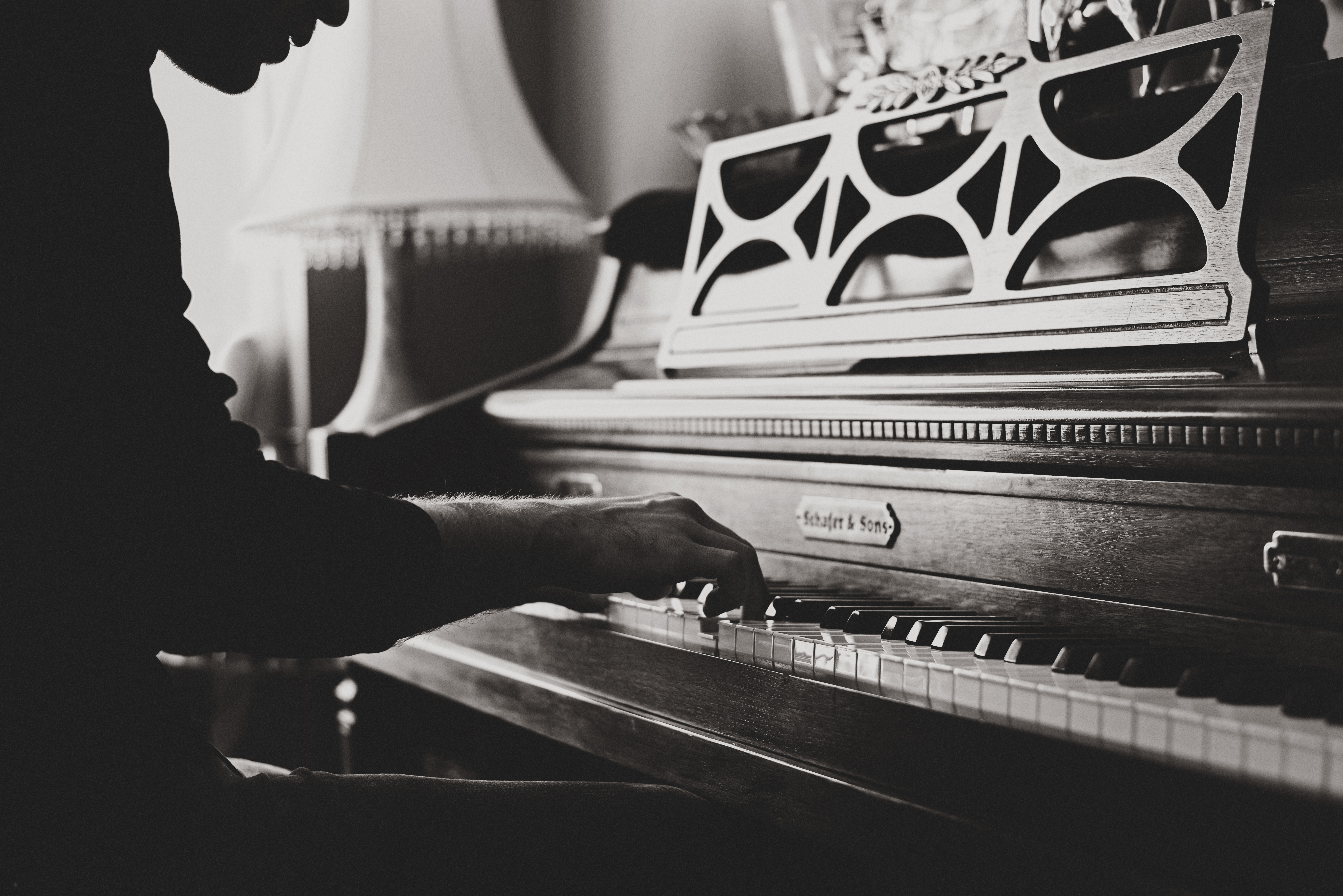 Professional Music Qualification Will Help You Get Plum Jobs